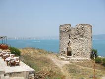 Blijft van een oude vuurtoren Kust van het schiereiland van Nessebar bulgarije Stock Afbeelding