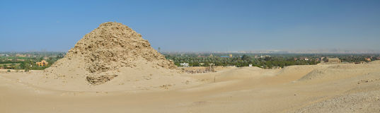 Blijft van het necropool van Memphis in Saqqara Stock Afbeeldingen