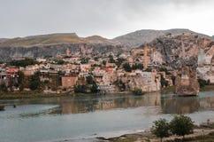 Blijft van oude gebouwen in Hasankeyf, Turkije Stock Afbeelding