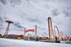 Blikseminslag in Luna Park stock afbeeldingen