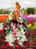 Blikslager Bell op pot van bloemen, Nakhon Ratchasima, Thailand royalty-vrije stock fotografie