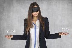 Blinde Wahl, ja oder nein Stockbilder