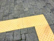 Blinde Weise Verkehrsweg für die blinden Völker verwendet Stockfotos