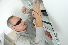 Blinder allein in der Küche Lizenzfreie Stockbilder