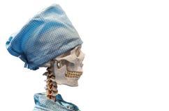 Blindes Skelett im medizinischen Kleid und in der Kappe Lizenzfreies Stockfoto