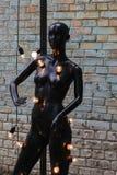 Blindes, weibliches Mannequin mit Glühlampen Lizenzfreie Stockbilder