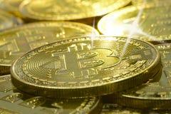Bling bling en un bitcoin imagen de archivo
