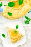 Blinistorte mit dem Zitronenklumpen Lizenzfreie Stockfotos