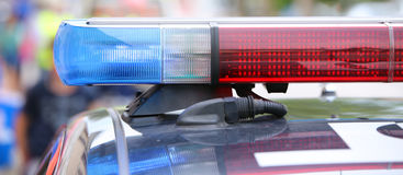 Blinklichter der Polizeipatrouille während eines Aufstiegs Lizenzfreie Stockfotos