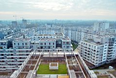Bliska Wola 现代住宅区在华沙Wola有名望的区  免版税库存图片