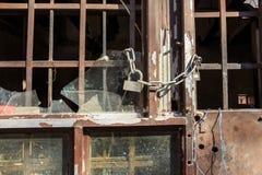 blisko drzwi drewniane zdjęcia royalty free