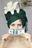 blisko osoby dziewczyna pieniądze Fotografia Royalty Free