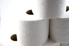 blisko tworzy występować samodzielnie papieru toalety do piramidy Obraz Royalty Free