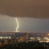 Blitz über dem Ontariosee Kanada Lizenzfreie Stockbilder