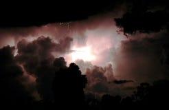 Blitz über den Himmel-Sylvesterabenden Stockbilder