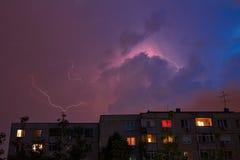 Blitz über der Stadt Lizenzfreie Stockbilder