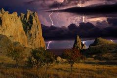 Blitz über einer Küste Schwarzen Meers, Krim Stockbilder