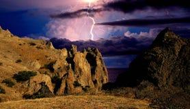 Blitz über einer Küste Schwarzen Meers, Krim Lizenzfreies Stockbild