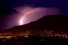 Blitz über Stadt Lizenzfreie Stockfotografie