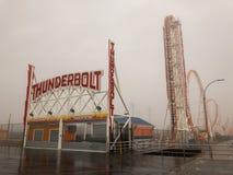 Blitz-Achterbahn - Coney Island Stockfotos