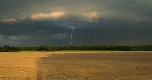 Blitz auf dem Horizont Stockfotos