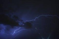Blitz in der Nacht Stockfotografie