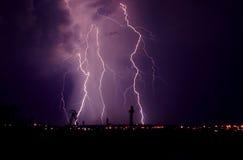 Blitz am Gewitter Stockbild