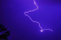Blitz im Sturmhimmel Lizenzfreie Stockfotos