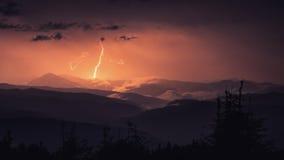 Blitz in Karpaten-Bergen Maramorosh Lizenzfreie Stockbilder