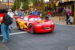 Blitz McQueen im Auto-Land Lizenzfreie Stockfotografie