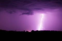 Blitz mit drastischen Wolken Lizenzfreie Stockfotos
