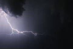Blitz mit drastischen Wolken Stockfoto
