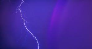 Blitz nachts Lizenzfreie Stockfotos