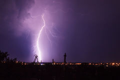 Blitz nachts Lizenzfreie Stockbilder