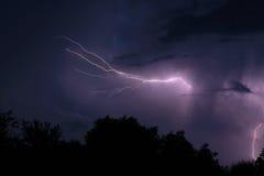 Blitz nachts Stockfotografie