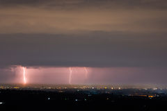 Blitz-Sturm über Stadt Lizenzfreies Stockfoto