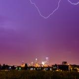 Blitz und Gewitter über Stadt von Charlotte Nord-Carolina Stockfotografie