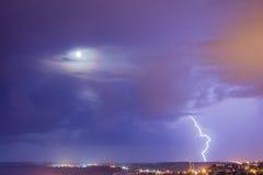 Blitz- und Mondpaare Lizenzfreie Stockbilder