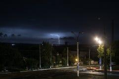 Blitze und mutiger Streik des Donners Lizenzfreie Stockbilder