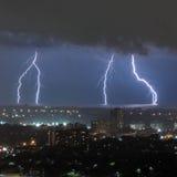 Blitzschläge über dem Ontariosee Kanada Lizenzfreie Stockfotografie