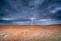 Blitzschlag im Nebraska Sandhills Lizenzfreie Stockfotografie