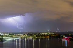 Blixt på parlamenthuset Canberra Arkivfoto