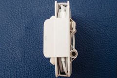Blixt till 3 Headphone Jack Adapter och Earpods för mm 5 Royaltyfri Fotografi