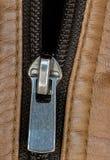 Blixtlås för läderomslag Royaltyfria Bilder