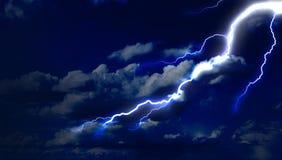 Blixtslag i himlen Arkivfoto