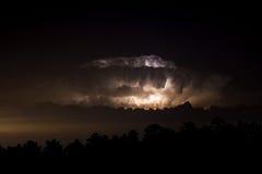 Blixtstorm på natten Fotografering för Bildbyråer
