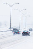 Blizzard auf der Straße Stockbilder