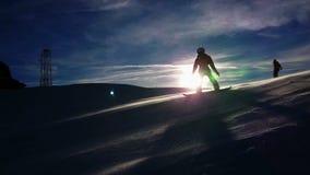 Blizzard op de skihelling stock videobeelden