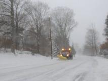 Blizzard-Straßen-Reinigung 2018 Stockfotos