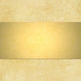 与blnk丝带布局的金背景 免版税库存照片